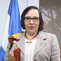 Mayra Falck Banhprovi web alide